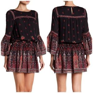 Joie Long Sleeve Bell Armel Floral Dress NWT